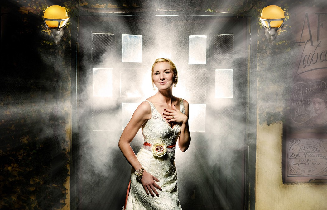 Why only professional wedding photographers can  achieve perfect pictures.